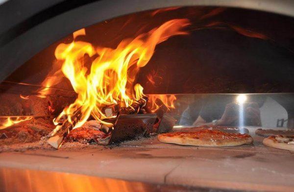 pizza forni 3 600x392 - Piec do pizzy Alfa Forni 5 MINUTI Miedziany z podstawą