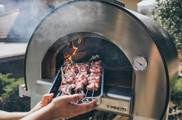pizza forni 4 600x397 - Piec do pizzy Alfa Forni 5 MINUTI Miedziany z podstawą