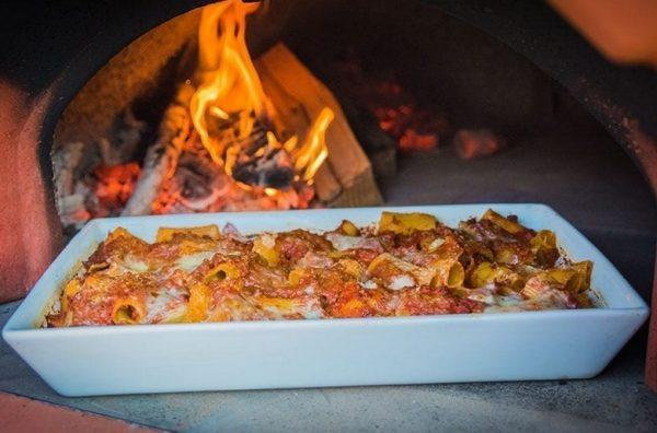 pizza forni 6 600x396 - Piec do pizzy Alfa Forni 5 MINUTI Miedziany z podstawą